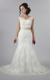 Elegant Mermaid Style V-Neck Wedding Dress With Satin Belt