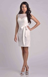 Short Sleeveless Lace Sheath Bridesmaid Dress With Detachable Bow Ribbon