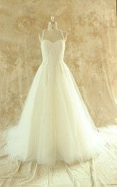 Halter Neck Sleeveless Lace-Up Back Floor-Length Tulle Wedding Dress