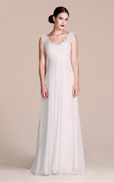 Sleeveless V-neck Chiffon Dress With Lace Bodice
