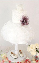 Lovely Sleeveless Ruffled Organza Dress With Flower Belt