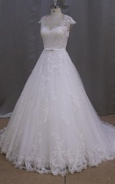 Vintage V-Neck Cap Sleeve A-Line Appliqued Wedding Dress