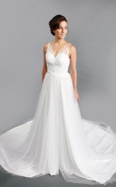 V-Neck Sleeveless Long A-Line Tulle Wedding Dress With Lace Bodice