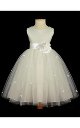 A-line Princess Scoop Sleeveless Hand-made Flower Floor-length Tulle Flower Girl Dresses
