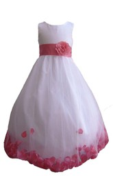 Sleeveless A-line Tulle Dress With Petals