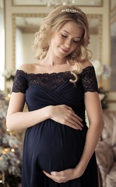 Elegant A-line Off-the-shoulder Chiffon Maternity Dress