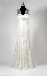 Lace V-Neck Cap Sleeve Mermaid Wedding Dress With Satin Lining