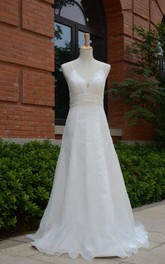 Spaghetti Long Organza Wedding Dress With Sash And Straps Back