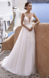 Plunging Tulle Sleeveless Straps Sexy Wedding Dress With Lace Details And Deep V-neck