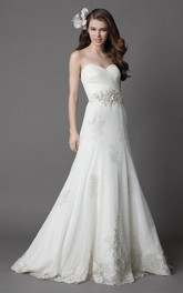Sweetheart Fit and Flare Long Wedding Dress With Lace Appliques