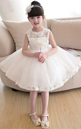 Laced Bateau Sleeveless Knee-Length Flower Girl Dress