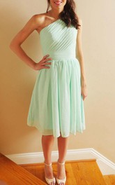 Short One-shoulder Chiffon Dress With Pleats&Zipper