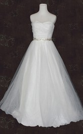 Sweetheart Lace-Up Back Organza Wedding Dress With Sash And Crystal Detailing