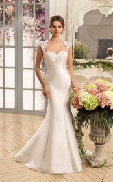 Trumpet Floor-Length Queen-Anne Cap-Sleeve Keyhole Satin Dress With Lace