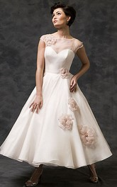 A-Line Tea-Length Scoop-Neck Short-Sleeve Tulle Wedding Dress With Flower And Illusion