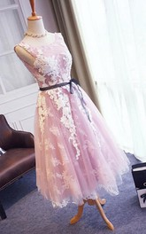 Pretty Sleeveless V-back Tea-length Lace Dress