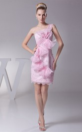 One-Shoulder Body-Fitting Short Dress with Beading and Flower