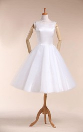 Scoop Neck Sleeveless A-Line Knee-Length Satin Wedding Dress