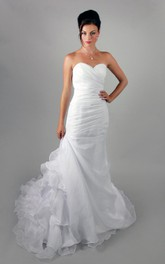 Simple Organza Ruffled Wedding Dress With Ruching