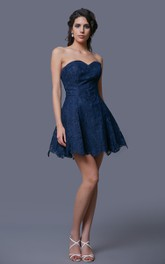 Delicate Sweetheart Short Lace-appliqued Dress