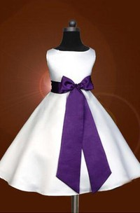 A-line Princess Scoop Sleeveless Bowknot Floor-length Satin Flower Girl Dresses