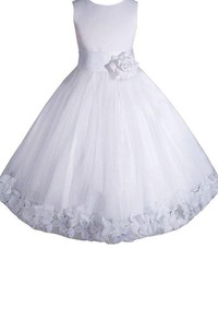 Sleeveless A-line Pleated Dress With Petals and Bow