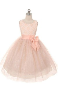 Sleeveless A-line Dress With Bow and Lace
