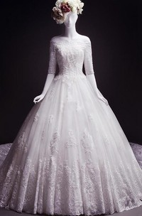 Ball Gown Tea-Length Off-The-Shoulder Half Sleeve Appliques Court Train Lace Dress