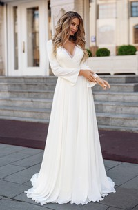Elegant Chiffon Sheath Long Sleeve Appliqued Bridal Gown