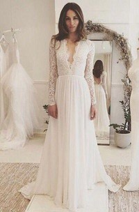 V-neck Long Sleeves Backless Ivory Chiffon Wedding Dress with Lace