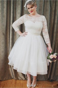Plus Size Vintage Style Scoop Neckline 3-4 Long Sleeve Lace Tea Length Bridal Gown