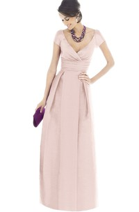 V-Neck A-Line Chic Gown With Short Sleeves