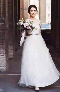 Short Mini Chiffon Lace Wedding Dress