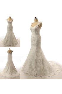 Sleeveless Sweatheart Lace Wedding Dress With Court Train