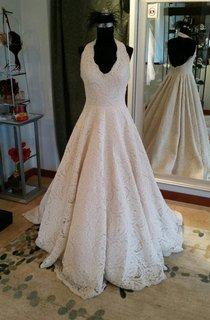 Elegant Sleeveless Pleated Lace Halter A-Line Wedding Dress