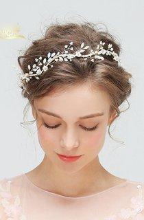 New Handmade Shell Flower White Rhinestone Hair Band Ear Clip Set