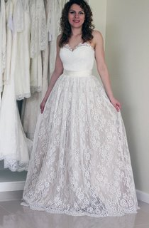 A-Line Sweetheart Pleated Long Lace and Tulle Skirt With Satin Sash