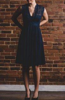 Short Strapped Lace&Jersey&Satin Dress