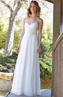 Spaghetti Chiffon Pleated Wedding Dress With Lace Appliques