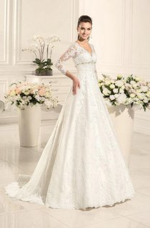 A-Line Sweetheart Long Sleeve Lace Satin Weddig Dress