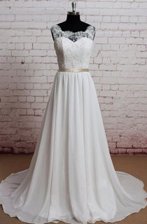 Scoop Neck Sleeveless A-Line Chiffon Wedding Dress With Lace Bodice