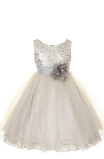 Sleeveless Scoop-neck Sequined Dress With Flower