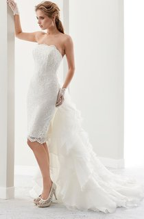 Strapless Short Lace Gown With Detachable Ruffles Train