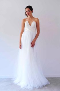 Notched Neck Long Tulle Wedding Dress With Pleats And Empire Waist
