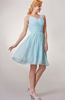 Chiffon V Neck Short Bridesmaid Dress with Ruching