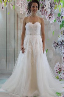 Sweetheart A-Line Tulle Wedding Dress With Lace Top