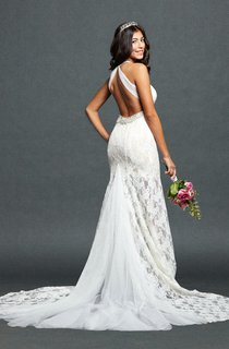 Trumpet Lace Weddig Dress With Keyhole Back
