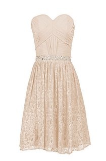 Sweetheart Short Dress With Beaded Waist and Lace