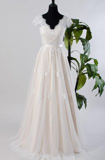 Cap Sleeve Tulle Lace Satin Weddig Dress With Low-V Back