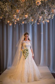 Noiva Train Ivory Long Sleeve Lace Wedding Dress 2016 Elegant Sweep Zipper Back Vestidos De Applique Wedding Dress